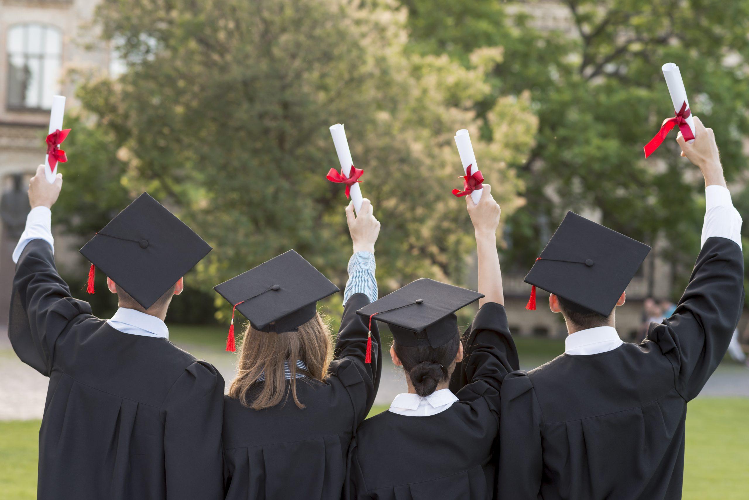Izlaidums 2020./21. m.g. absolventiem.